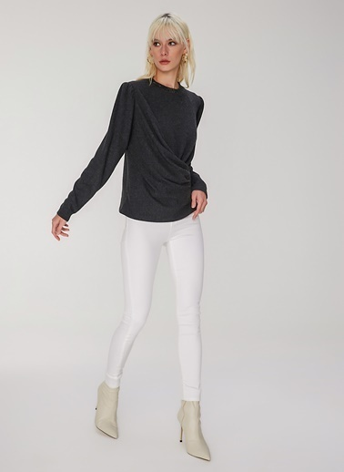 People By Fabrika Drape Detaylı Örme Bluz Siyah